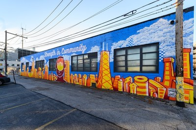 House of Vans Chicago mural by OJ Hays & Jasmine Webb was one of ten local murals created across the U.S. to help spread positivity and promote mental wellness within communities.