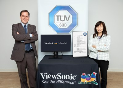 Bonny Cheng, COO at ViewSonic, and Alex von Mylius, Product Certification Director of TÜV SÜD Global Product Service Division, announced the world's first TÜV SÜD testing of a color blindness feature in ViewSonic monitors.