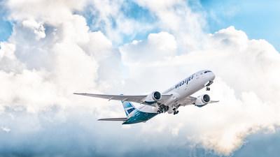 Le calendrier propose un service à bord de l'appareil Dreamliner au départ de Calgary à destination de Cancun ou Puerto Vallarta, au Mexique. (Groupe CNW/WESTJET, an Alberta Partnership)