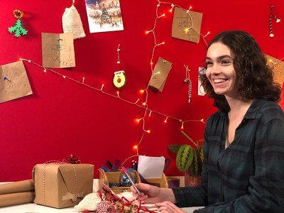 A resident prepares to spread some festive cheer as part of The Greatest Student Gift campaign (PRNewsfoto/GSA)