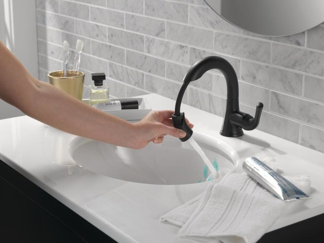 Delta Faucet's Kayra™ Single Handle Pull-Down Bath Faucet makes cleaning and sanitizing a snap