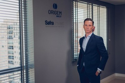 Thiago Hoffman, Safra Invest