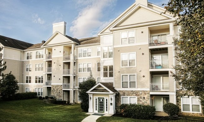 The 348-unit Arbor Ridge Apartments is one of two communities recently transitioned to the Mission Rock Residential property management company.