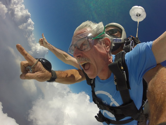 Six-year stomach cancer survivor Kenny Rikard skydived in celebration of his 61st birthday and in honor of Stomach Cancer Awareness Month on November 21, 2020. The event was made possible by Debbie's Dream Foundation's Dream Makers Miracle Fund in partnership with BeiGene, Ltd.