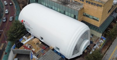 The MCM ward (450 m2 or 15m X 30m) accommodates four negative pressure bed rooms, nurse station, locker room, and treatment room. (Photo credit by KAIST)