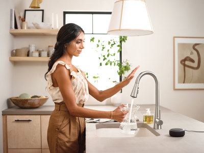 A CES® 2021 Innovation Awards Best of Innovation Honoree - The U by Moen™ Smart Faucet offers a completely touchless experience in the kitchen with voice-activation and integrated app technology.