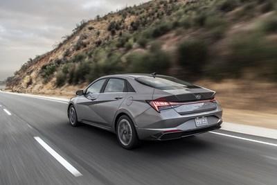 Hyundai Elantra Wins Prestigious  2021 North American Car of the Year™ (PRNewsfoto/Hyundai Motor America)