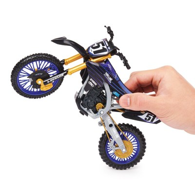 Spin Master's Authentic 1:10 Scale Supercross Collector Bike (CNW Group/Spin Master)