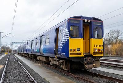 Class 314 car passenger train (CNW Group/Ballard Power Systems Inc.)