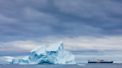 Quark Expeditions offers Guests Generous Early Booking Bonuses on Antarctic 22.23 Voyages