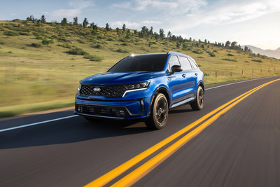 Kia Sorento named SUV of the Year at the 2021 Latin Flavor Cars of the Year Awards.