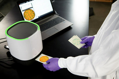 The 3M Petrifilm Plate Reader Advanced can improve laboratory efficiency with fixed artificial intelligence (AI) networks to enumerate 3M Petrifilm Plates, which can get users results in 4–6 seconds, or up to 900 plates per hour. The 3M Petrifilm Plate Reader Advanced provides accurate colony counting with proactive, easy-to-use software that simplifies results storage and data analytics, plus produces automated data and reports.