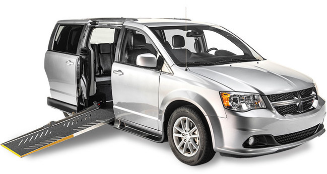 Driverge Accessibility 4 All™ Side-Entry with Quiet Ride™ Technology