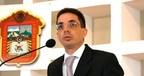 Alberto Bazbaz Sacal Makes Donation To Encourage Financial...