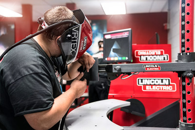 A UTI student trains on the virtual reality welder, developed by welding industry leader and UTI partner, Lincoln Electric.