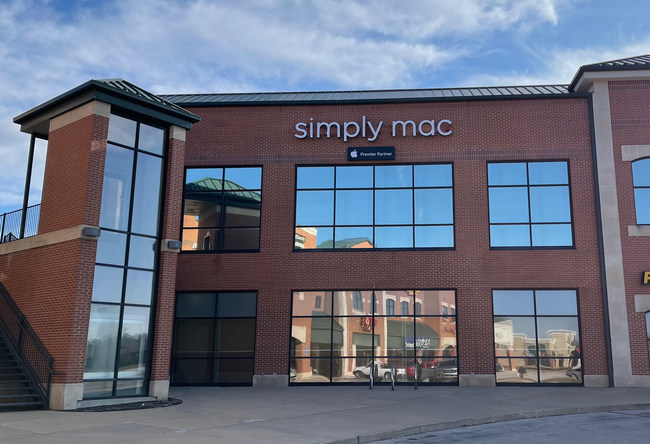 Simply Mac, Inc. – Outside of New Colombia Missouri Store
