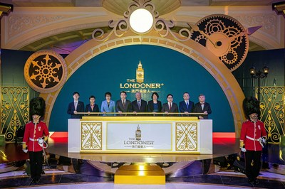 Guests of honour officiate the opening ceremony for the first-phase launch of The Londoner Macao Monday at the integrated resort's Crystal Palace atrium.