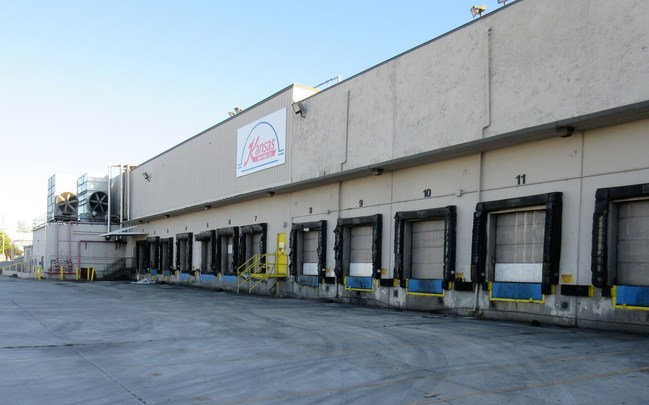 Tiger's online auction of remaining inventory from cruise industry supplier Kansas Marine Co.'s Miami distribution center features frozen products, canned goods, proteins, dry food products and bonded items.