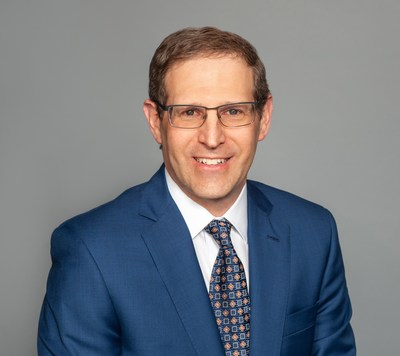Barry P. Boden, MD, received the Orthopaedic Research and Education Foundation (OREF) Clinical Research Award, which recognizes outstanding clinical research related to musculoskeletal disease or injury.