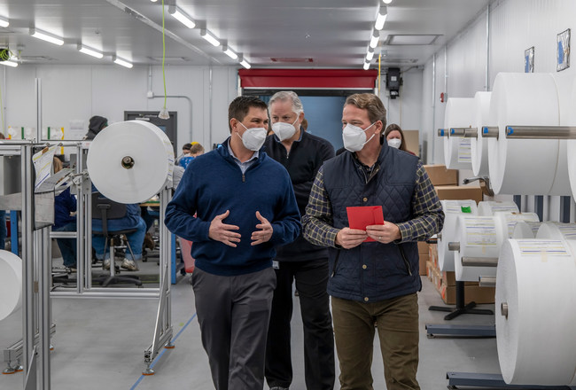 Lt Governor Jon Husted tours Phoenix Quality Manufacturing's civilian and surgical respiratory face mask factory in Jackson, Ohio. PQM has already grown to 40 employees, supporting the need for American made face masks and creating jobs in a rural community with high unemployment. The factory is producing 1 million masks a month with room to grow to 5 million masks. Their respiratory masks are equivalent to Chinese KN95 masks and the company has their sights set on NIOSH N95 approval in 2021. (CNW Group/Phoenix Quality MFG LLC)