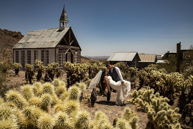 Adventurous outdoor wedding chapel at a real Nevada Ghost Town and Mine. Have your wedding in a unique open air wedding chapel and then have wedding photos shot around the numerous back drops of this amazing location.