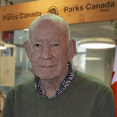 M. Tom Lee. Source: Parcs Canada (Groupe CNW/Parcs Canada)