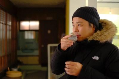 Satoru HIGA, artista visual y programador