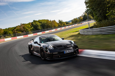 During testing on the Nürburgring Nordschleife circuit in Germany, a Porsche 911 GT3 fitted with the Pilot Sport Cup 2 R Connect tires posted a lap time of 6 minutes 59.927 seconds.