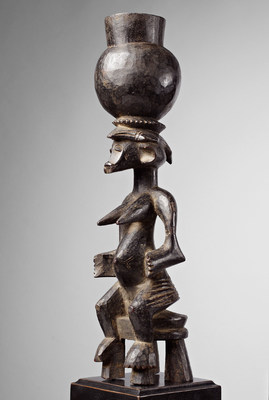 On offer from Pace African & Oceanic Art at the Virtual San Francisco Tribal and Textile Art Show, a Senufo seated figure from the Ivory Coast (height of 14 5/8 inches).