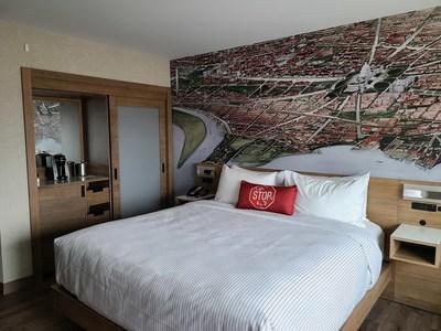 Cambria Hotel Washington D.C. Capitol Riverfront Guestroom