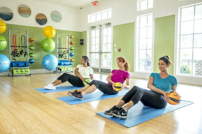 Central to the Cresswind lifestyle are fitness and wellness programs designed to help active adults live better, longer.