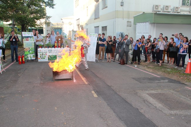 Win Time demonstrated plant based fire extinguishing efficacy in NoWA annual meeting in Taiwan.