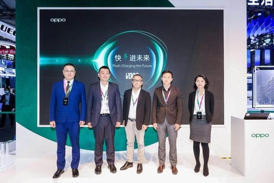 The OPPO team and Flash charging partners.