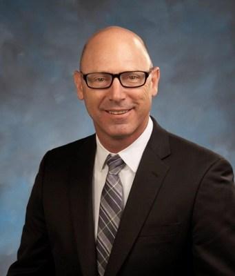 Lou Hall: vicepresidente de operaciones de Total-Western