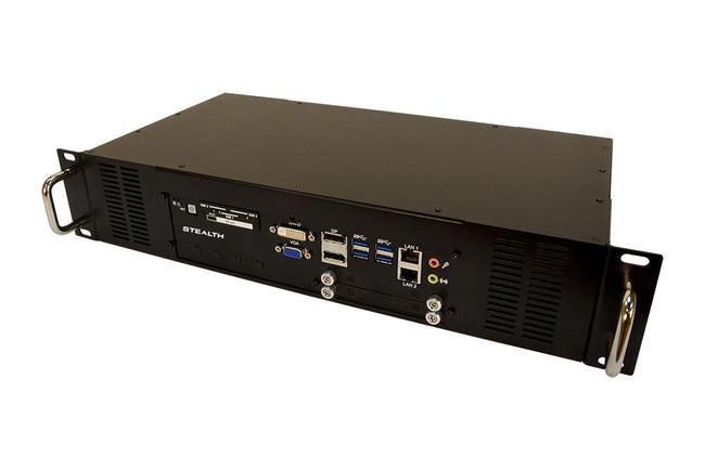 Modèles de PC rackables Stealth SR-2950 et SR-2960.