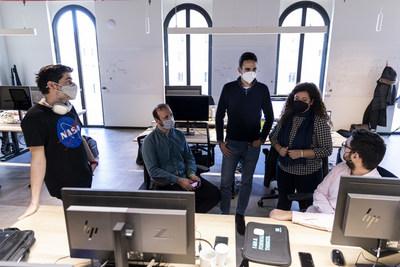 El equipo multidisciplinar también está trabajando en la optimización de las operaciones de la empresa mediante la analítica de los datos que gestionan los más de 1.000 sistemas IT.