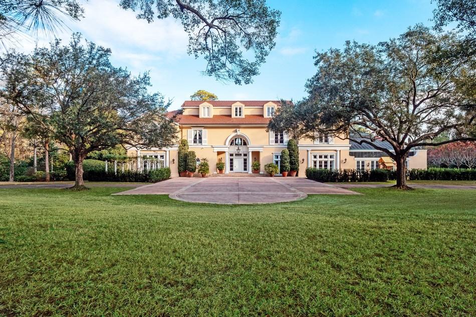 The Hines Villa in Houston. Photo by DroneHub Media.
