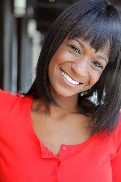 Headshot. Shaquita Love, Nurse, founder and CEO of Love Drug Products