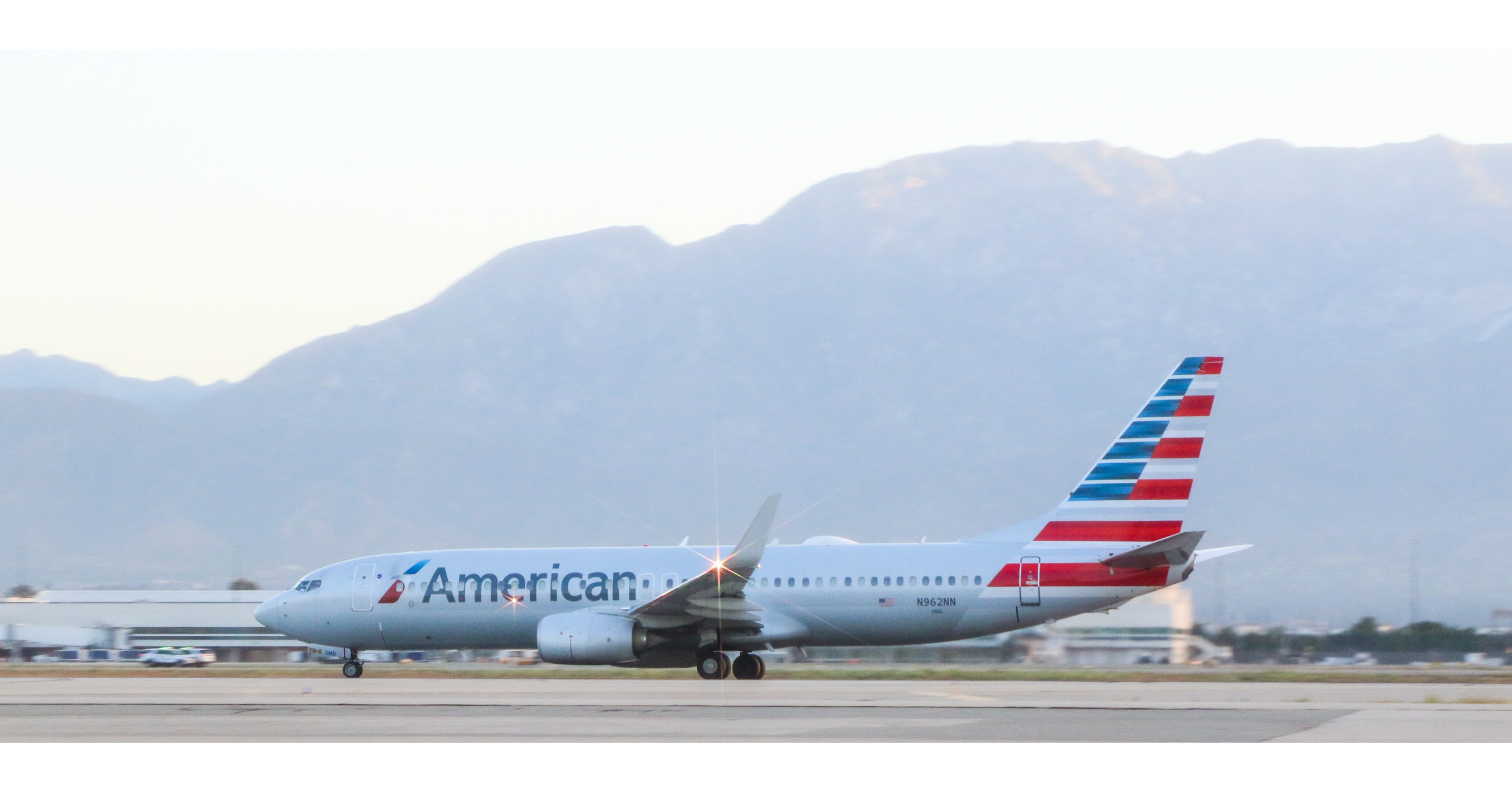 Image American Airlines: Ontario, CA, to Charlotte beginning in May