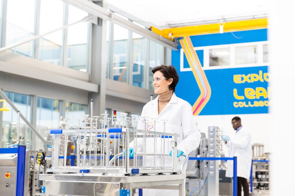A Merck está acelerando seus planos de expansão para a tecnologia de montagem de uso único, que é usada para a produção de vacinas contra a Covid-19 e outras terapias que salvam vidas.