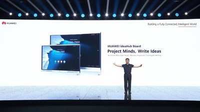 PAN Yong, vice-presidente da Huawei Intelligent Vision & Collaboration Product & Solution Sales Dept., lança o HUAWEI IdeaHub Board (PRNewsfoto/Huawei)