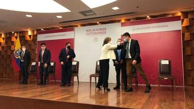 Funcionarios de Direct Relief y los gobiernos de México y Ecuador analizan el envío humanitario de la vacuna contra la poliomielitis a Ecuador en un evento el 16 de marzo de 2021. (Foto: Edmundo Montes de Oca, Secretaría de Relaciones Exteriores de México). (PRNewsfoto/Direct Relief)