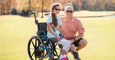 Rob and Kierra Sunris play golf to fundraise for clinical and scientific research for Muscular Dystrophy Association.