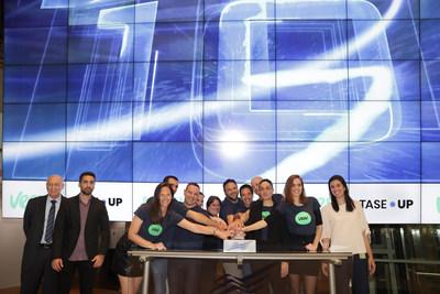 From right to left: Sharon Fridrich. Sales and Market Development, TASE; Hadas Shaked, Chief of staff, Veev; Hila Corem Cohen, Head of Finance, Veev; Jay Klein, CTO, Veev; Yaniv Cohen, Lead Structure Engineer, Veev; Ami Avrahami, Co-Founder and Chief Product Officer, Veev; Tammy Yaniv, Lead Architect, Veev;  Dana Raichel, Lead Digital Twin, Veev; Alon Klein, VP R&D Software, Veev; Shai Shachrur, VP Platform, Veev;  Orly Sharabi, Head of Operations, Veev; Lior Navon, Head of Sales and Market Development TASE and Amnon Neubach, TASE Chairman.