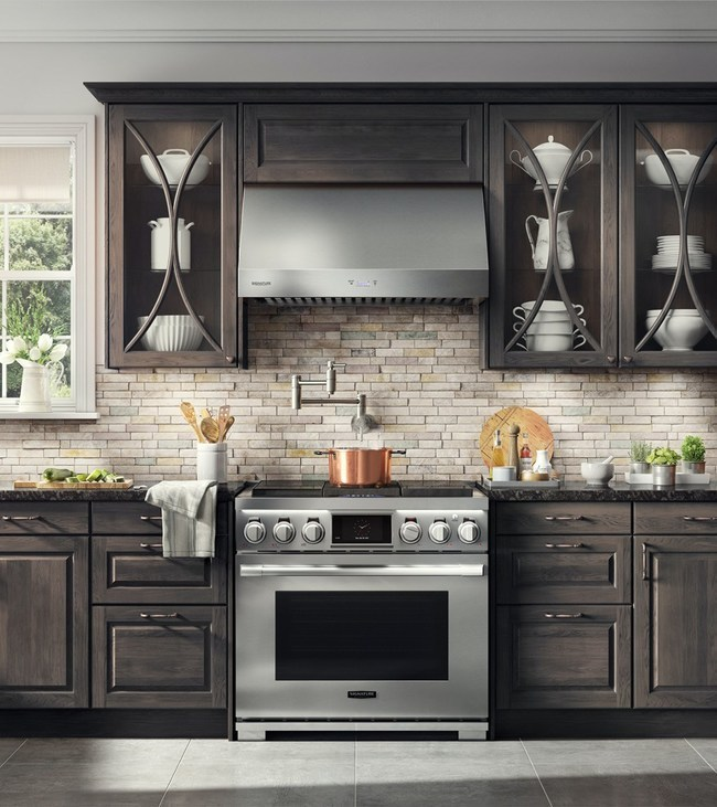 The Signature Kitchen Suite 36-inch Dual-Fuel Pro Range offers unparalleled versatility with industry-first, built-in sous vide functionality – in addition to induction and gas, all on the cooktop, plus two ovens below.