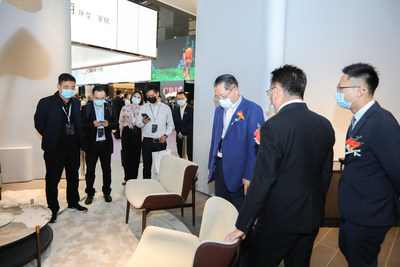 "45th International Famous Furniture Fair (Dongguan)(""Dongguan 3F"" or ""3F"") closes with new record of visitors: 192,551 visitors in total. (PRNewsfoto/International Famous Furniture Fair (Dongguan))"