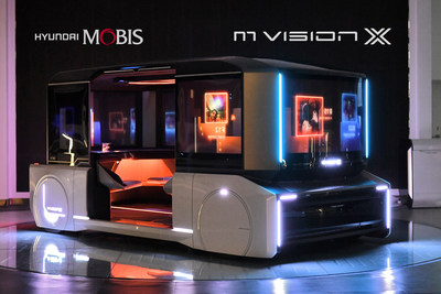 M.VISION X: Hyundai Mobis introduced M.Vision X, 4-seater purpose-based mobility, using a 360º window as a display