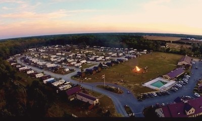 Delaware Beaches Jellystone Park features more than 265 sites, including full hook-up RV sites, vacation rental cabins, and primitive tent sites, as well as seasonal and extended stay opportunities.