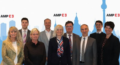 AMP's Sales Team Group Picture (CNW Group/AMP Alternative Medical Products)