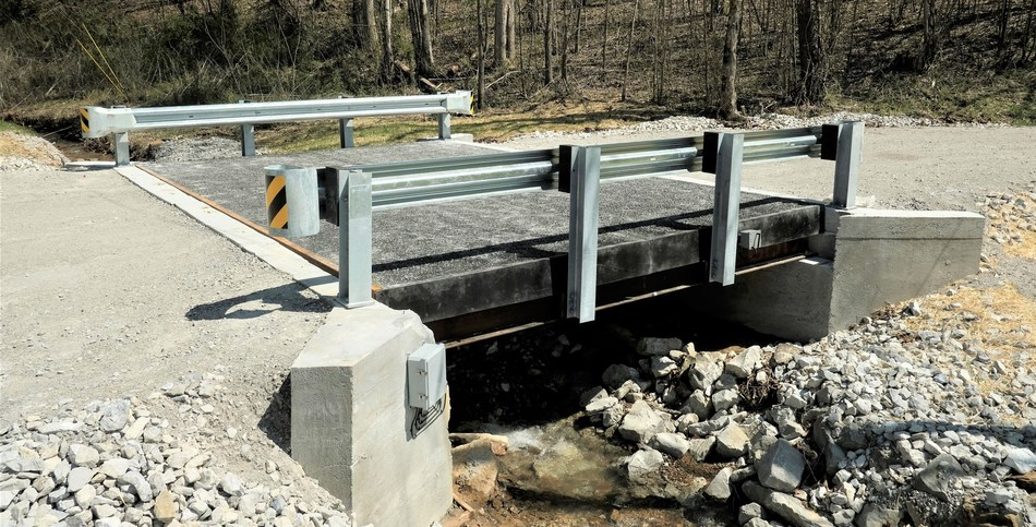 A high-tech composite bridge embedded with fiber optic sensors in north central Tennessee is intended to demonstrate the benefits of composite materials for bridge work.